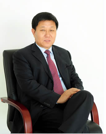 晨阳水漆董事长刘